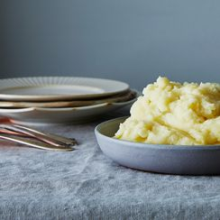 A Genius Trick for More Buttery-Tasting Mashed Potatoes