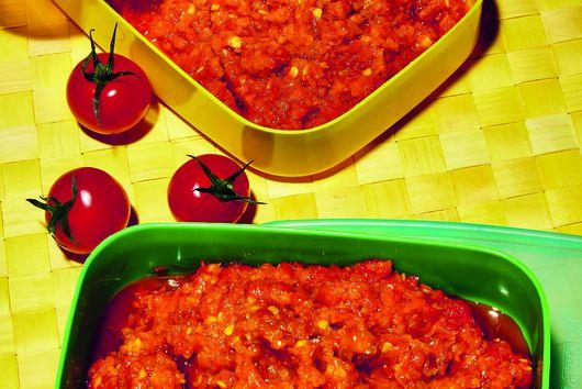 Lara Lee's Sambal Tomat (Tomato Sambal)