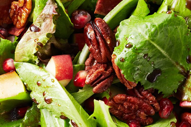 Maple Balsamic Salad with Bacon Roasted Pecans