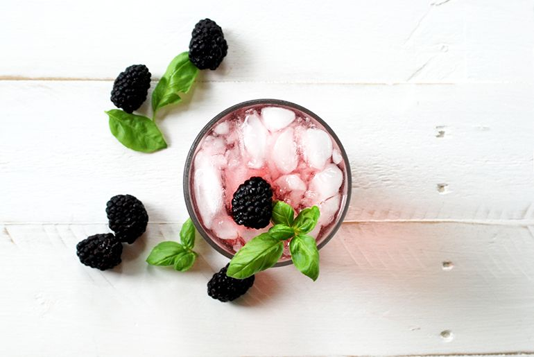 Blackberry and Basil Fizz