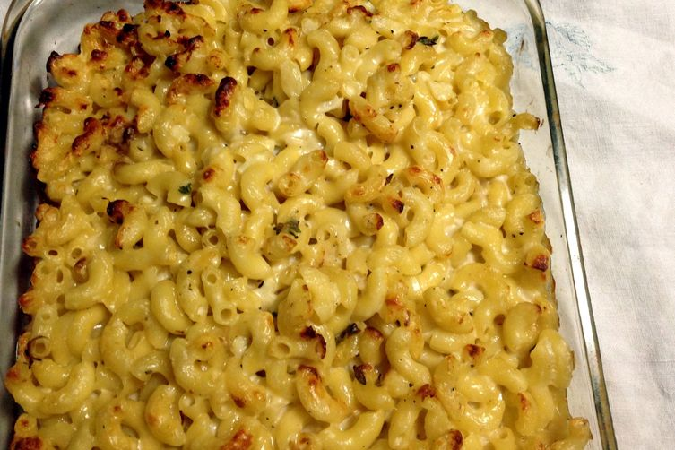 Mac & Cheese with Thyme and Anchovies