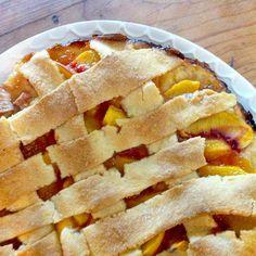 peach crostata {crostata di pesca}