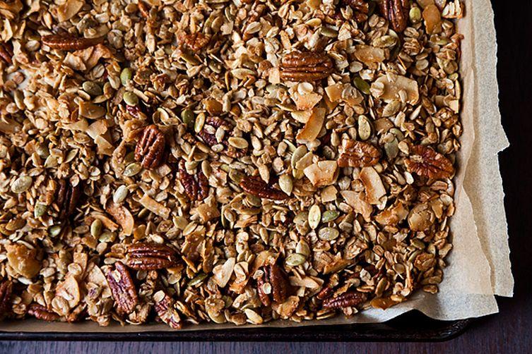 nekisia davis olive oil and maple granola