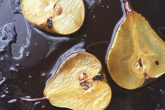 Grilled Pears with Lemon Scented Mascarpone & Baked Oat Crumble