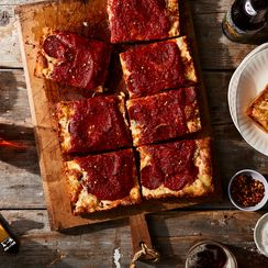 How to Tackle Homemade Pizza (Just in Time for the Super Bowl)