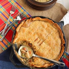 41d56806 522b 430e b3bc f80253848016  skillet chicken pot pie resized