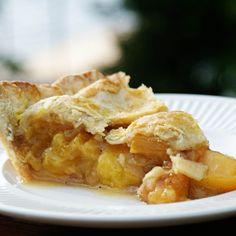 Vanilla Bean Cardamom Peach Pie