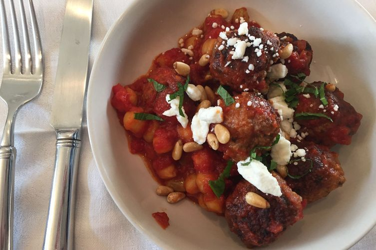 Lamb with Chickpeas, Tomato and Feta