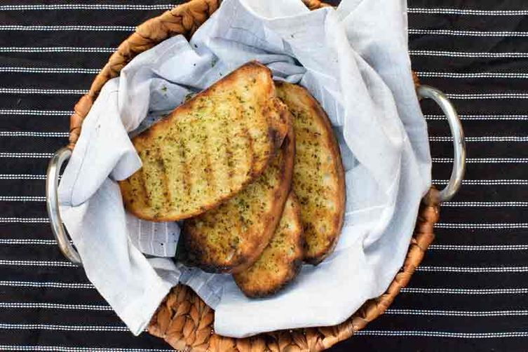 Grilled Garlic and Herb Bread