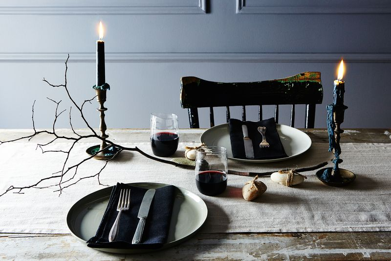 Recipe for a Slightly Spooky, Very Easy Halloween Table Setting