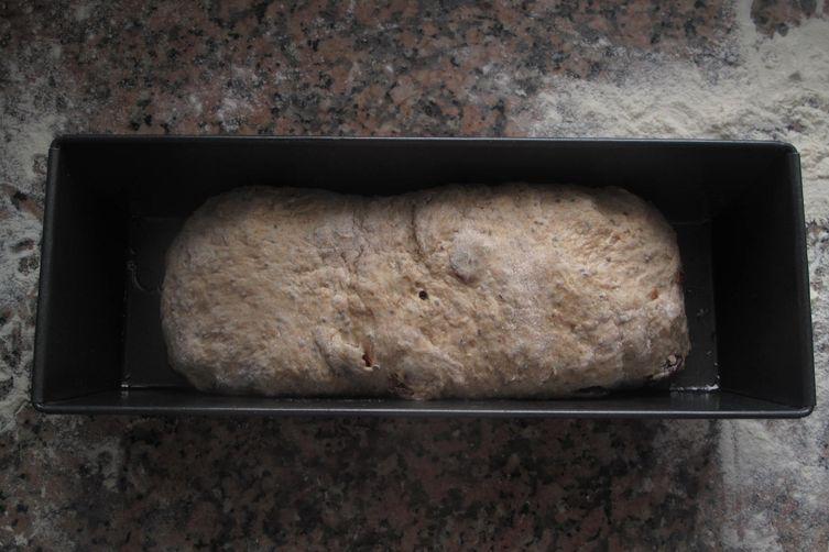 Spelt-Cherry-Chia seed bread