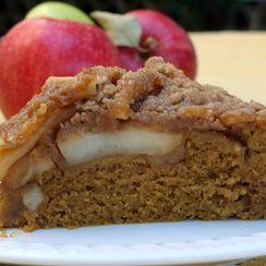 Apple Pie Pumpkin Cake