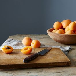 Frog Hollow Farms Organic Apricots