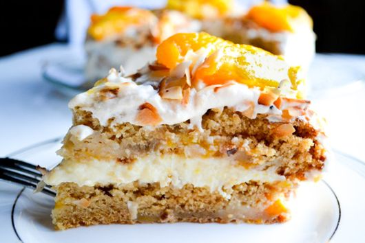 Brazilian USA Peach Cake