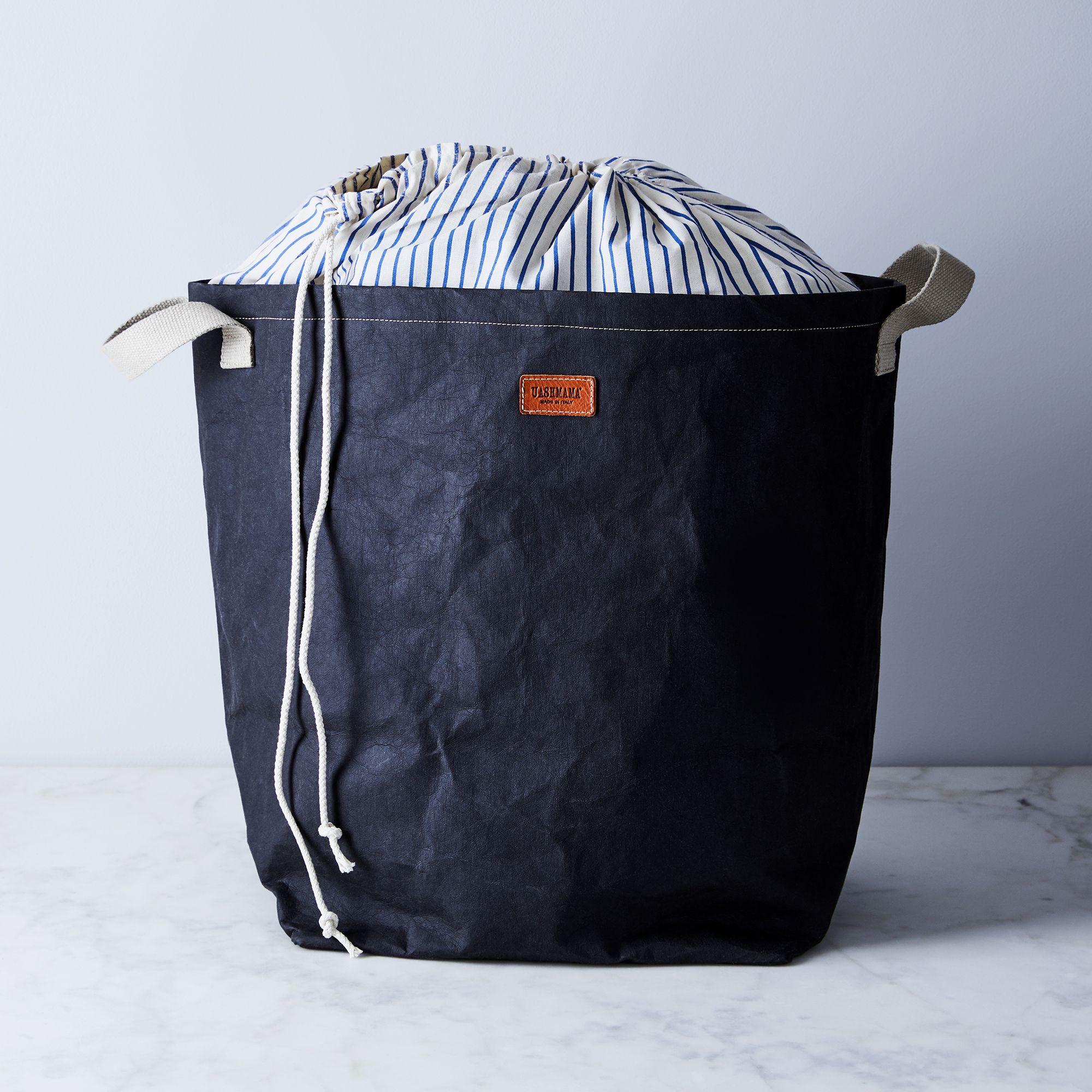 175a111d 68d5 442d 88f0 002a86ea6ec3  2018 0227 uashmama laundry bag black silo ty mecham 006