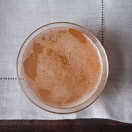 8 Bubbly Cocktails
