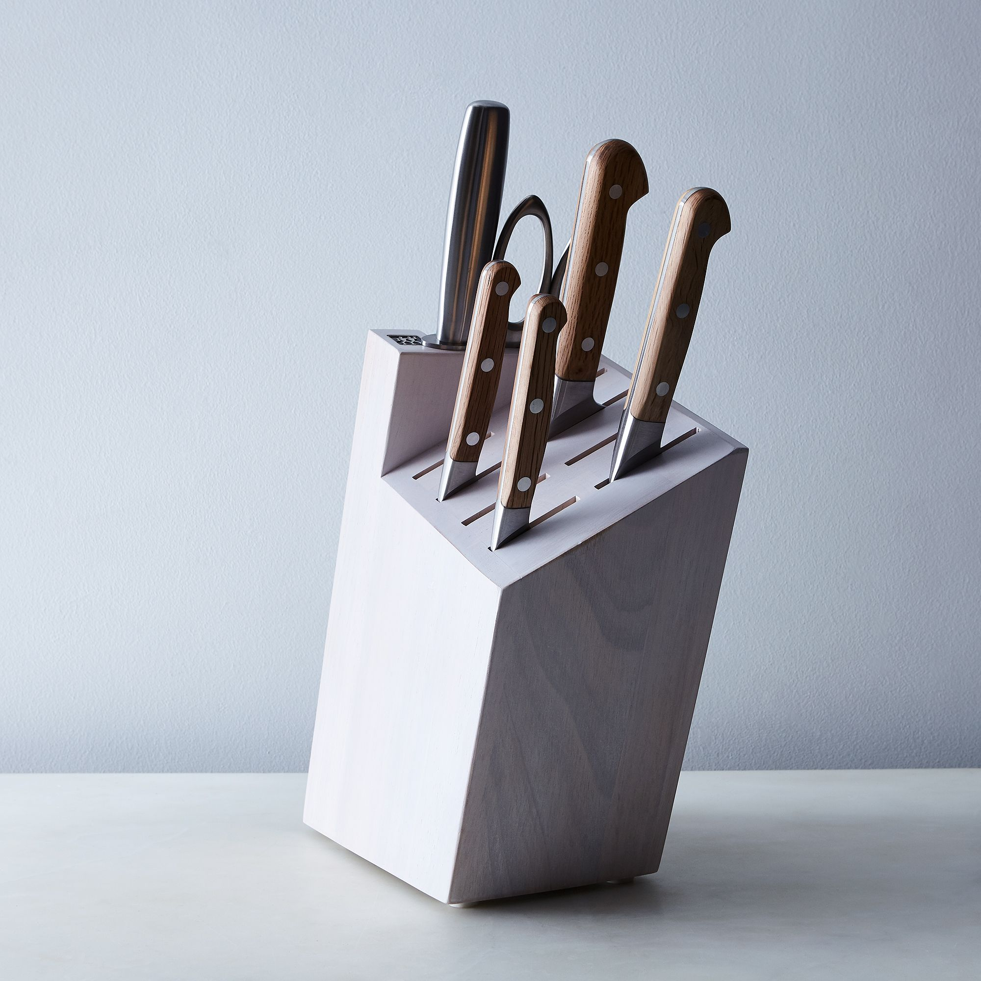 5cc9a004 e584 4a0d 9924 a8e60ebf8683  2017 0411 zwilling holm oak knife 7 piece set silo rocky luten 005