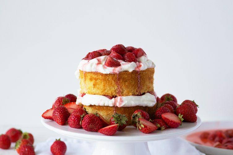 Maple Strawberry Cake