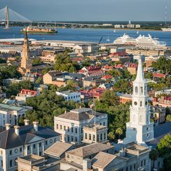 How to Eat (and Drink) Your Way Around Charleston, South Carolina