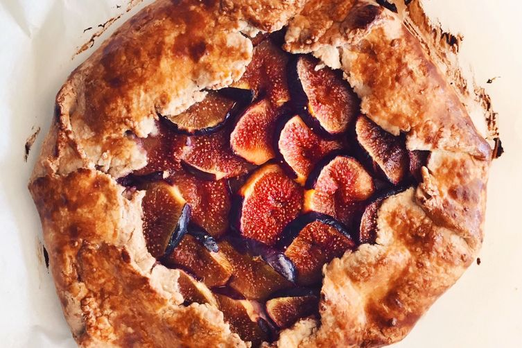 Fig and Honey-Balsamic Ricotta Galette