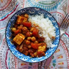 Tofu Chana Masala (tofu and chickpeas spicy stew)