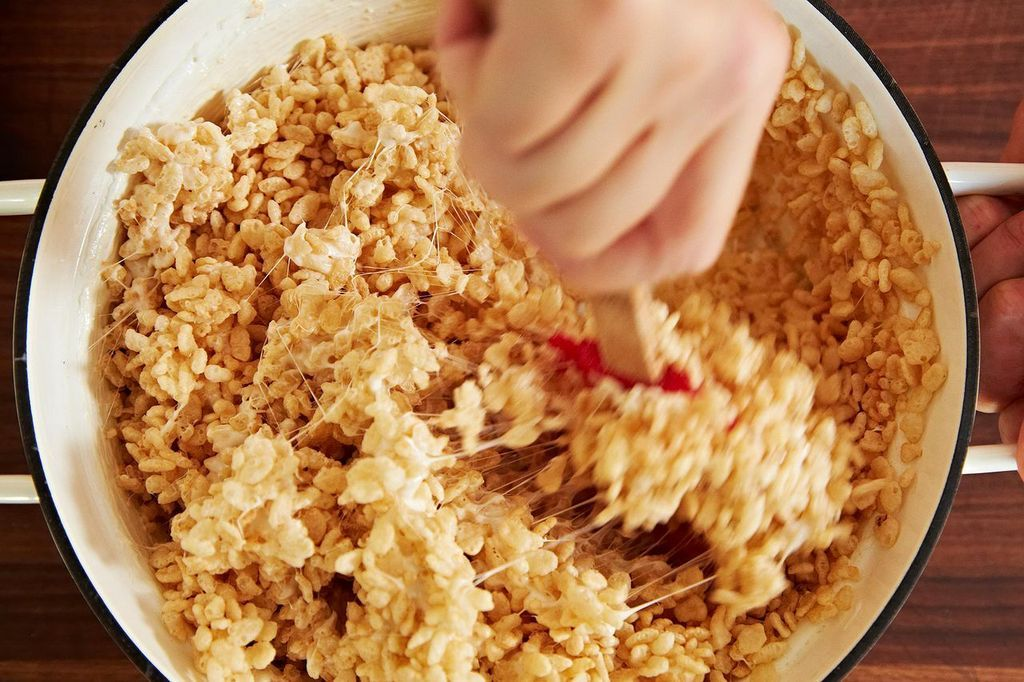 How to make rice krispie treats or any cereal treats rice krispie treats from food52 ccuart Choice Image