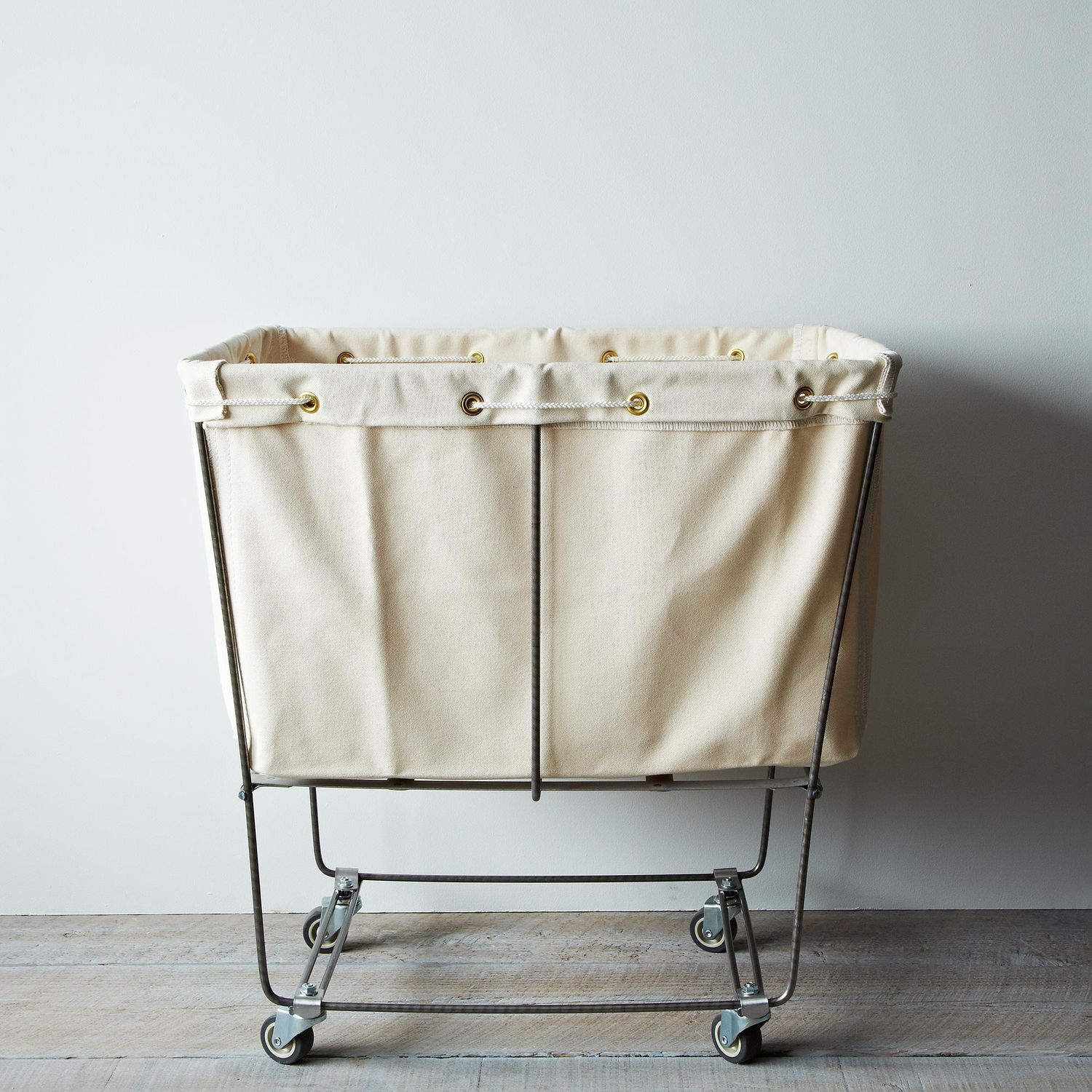 elevated laundry basket on food52