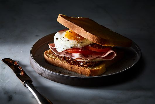"Why the Dutch Eat This ""Breakfast Sandwich"" After Midnight"