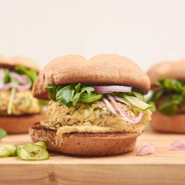 How to Make Vegan Tofu Burgers You'll Want to Eat