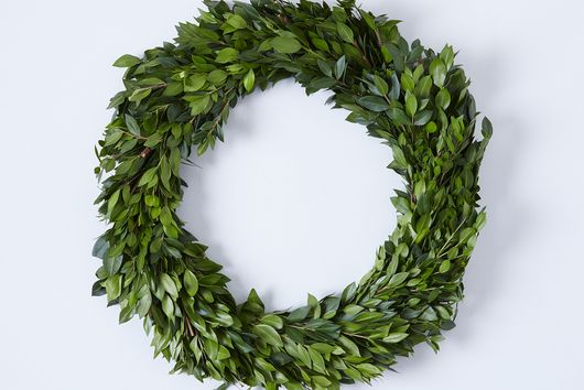 Boxwood & Myrtle Thin Wreath