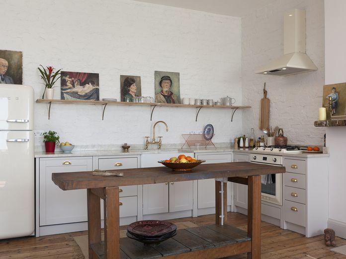 10 Splatter-Friendly Ways to Have Art in Your Kitchen
