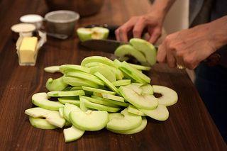 Slice the apples