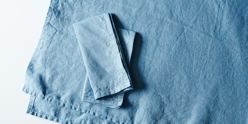 Celina Mancurti linen tablecloth and napkins