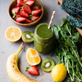 Kiwi Strawberry Twist Green Smoothie