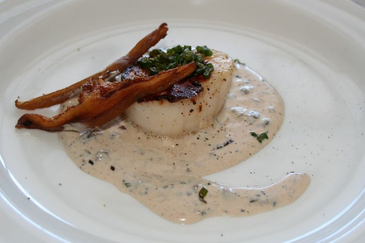 Sambuca Seared Scallops with Shiitake Truffle Cream
