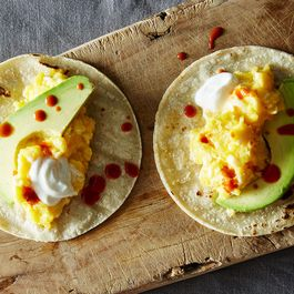 6f085111-3bf3-4989-8cc2-1786e7c93a02.2015-0310_scrambled-egg-breakfast-tacos-019