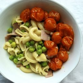 Molloni Carbonara with Pan-Roasted Sun Gold Tomatoes, Peas and Ham
