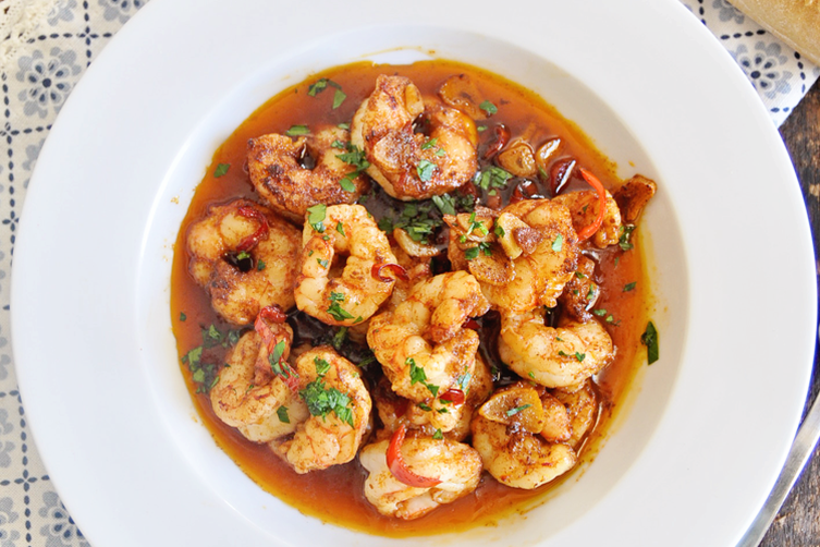 Spicy Spanish Garlic Shrimp - Gambas al pil pil