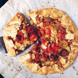 Roasted Tomato & Leek Cornmeal Crostata