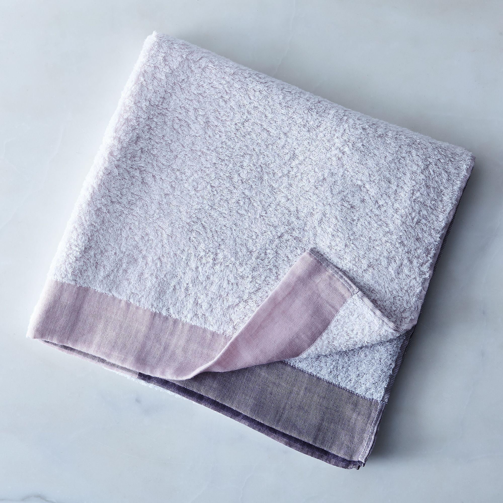 84327771 6671 4b7c 93c1 71b5a2f0e757  2017 0404 morihata international linen and cotton blend colorblock towels pink bath towel silo rocky luten 0437