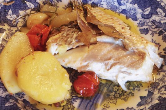 Whole Seabass with Cherry Tomatoes and Potatoes