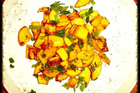 Genius in simplicity or Yellow Zucchini with Mint