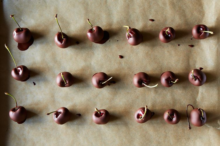 Crazy-Good No-Temper Chocolate-Dipped Cherries