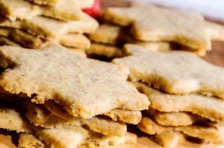 7e1d41db-bfac-4bb7-b52c-f5a6feb5ee3c.walnut_shortbread_cookies