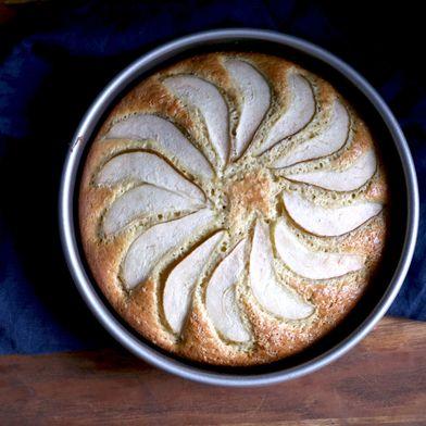 Sour Cream Cardamom Pear Cake