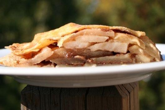 Papa's apple cardamom pie