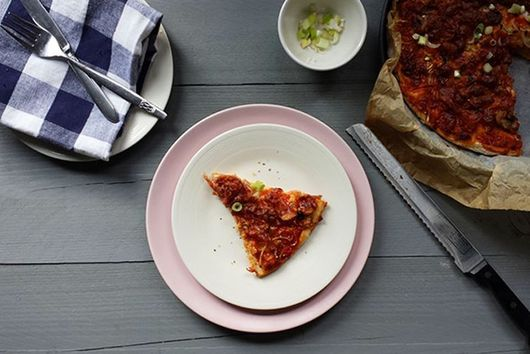 The easiest tortilla pan pizza