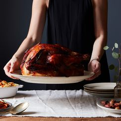 3 Dazzling Holiday Tabletops that Don't Require Folding a Napkin into a Turkey