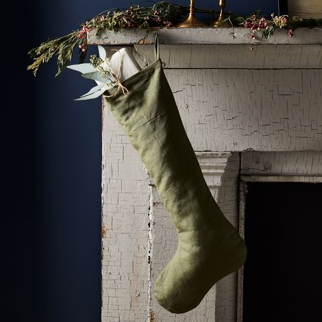 Vintage-Inspired Linen Stocking