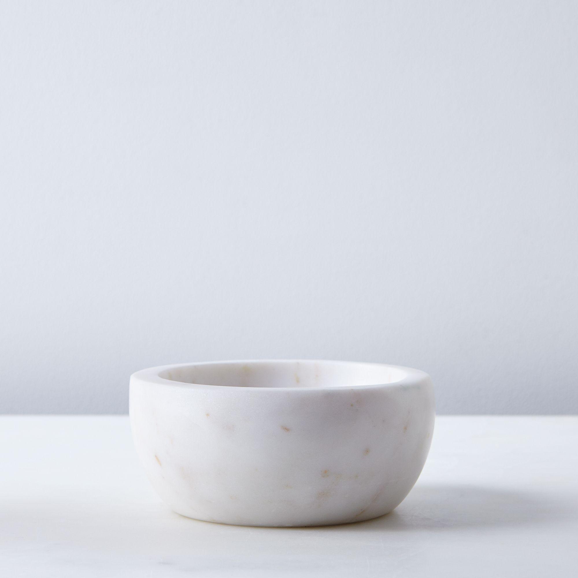E6d1484c 5fed 4abc 9274 9fe0565bc9c1  2016 0610 hawkins new york marble nesting bowls small silo rocky luten 003